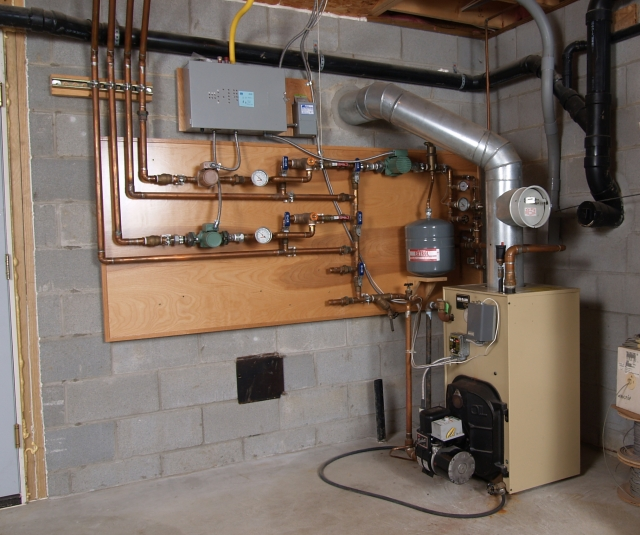 house hot water heating system schematic